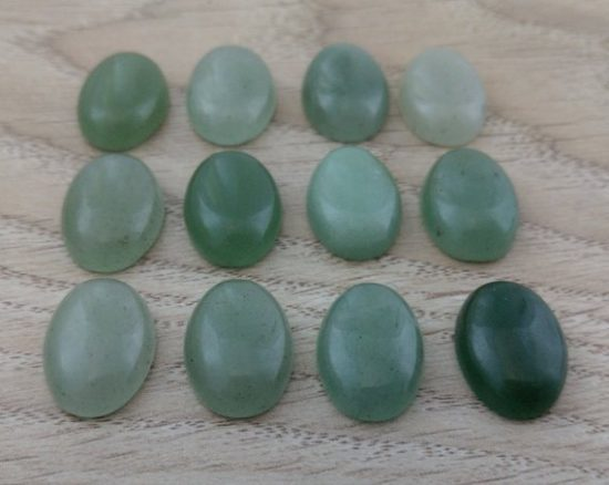10x8mm Natural Green Aventurine Smooth Oval Cabochon