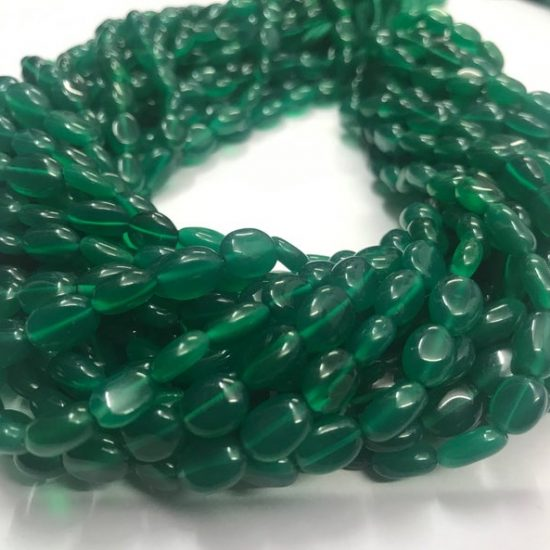 Shop Natural Green Onyx Smooth Oval Beads Strand