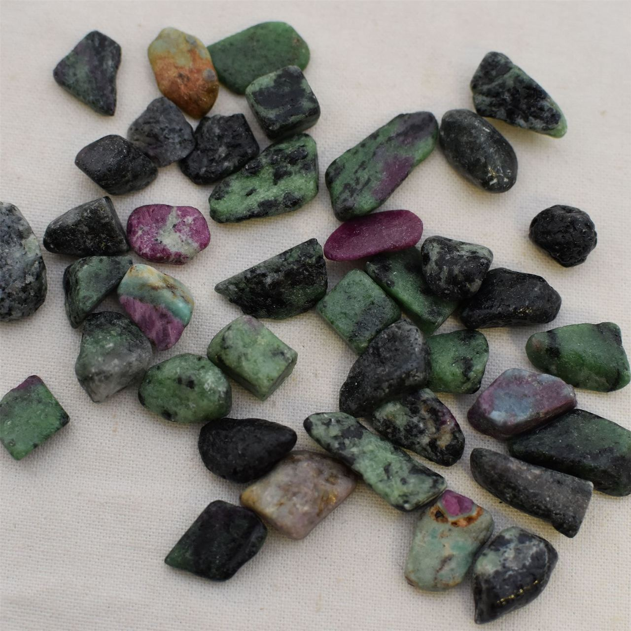 Ruby Zoisite - Know Information About